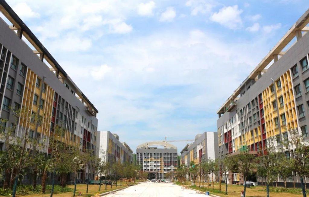 兰堡湾商丘工学院新校区项目现场