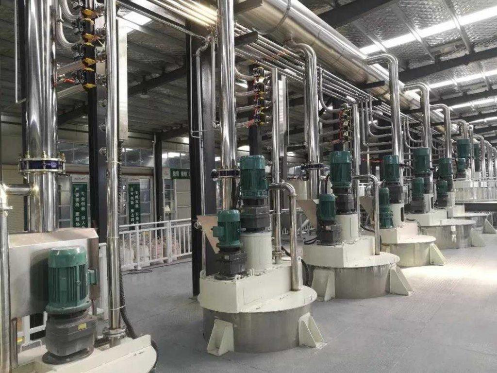 兰堡湾自动化生产、灌装、码垛生产线。