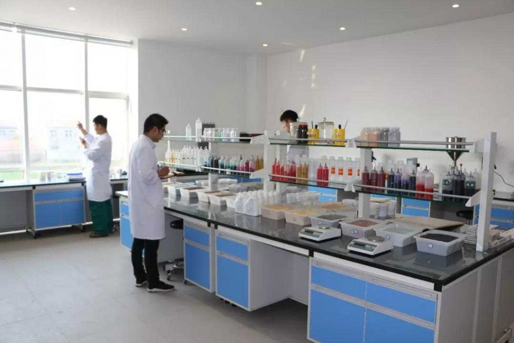 兰堡湾对各生产过程中的产品质量进行检测,检测合格后,合格品方可以入库、进行销售。